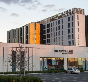 Hyatt hotel, essendon fields